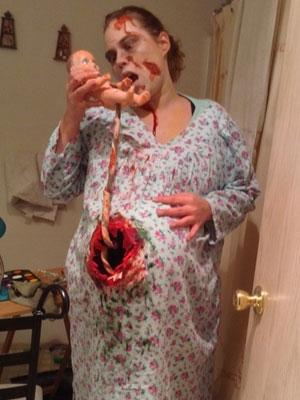Pregnant-Zombie-10