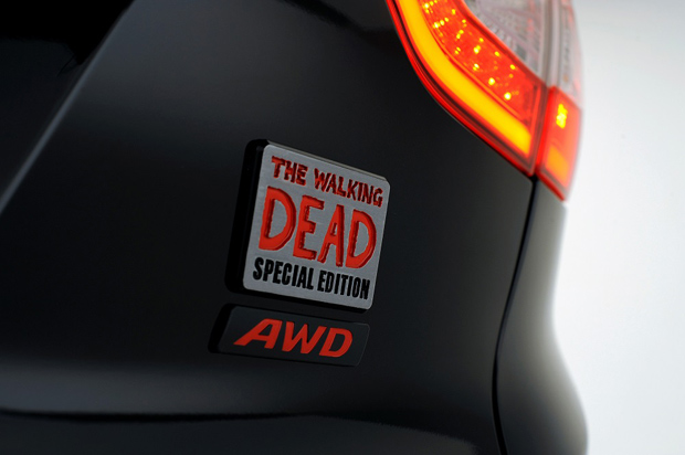 Hyundai-Tuscon-The-Walking-Dead-Badge1_2